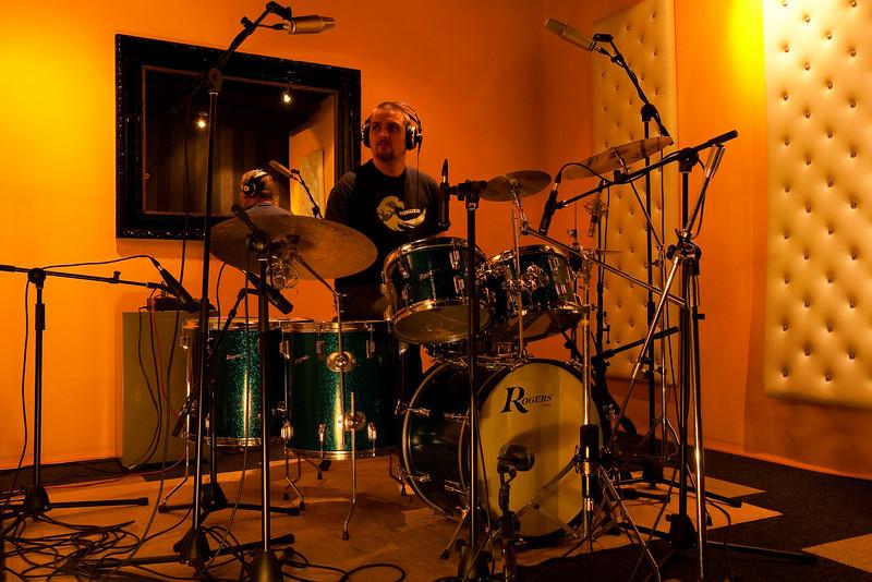Self Portrait in studio (1965 Blue Sparkle Rogers drumkit)