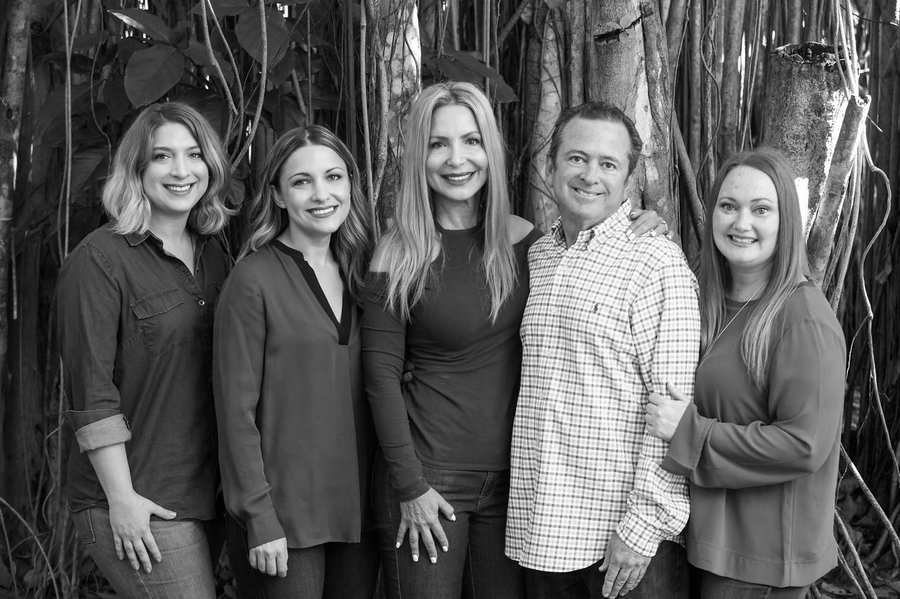 Glick Family Portrait 2017-119-2