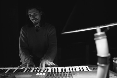 Gregory Loomis Musician