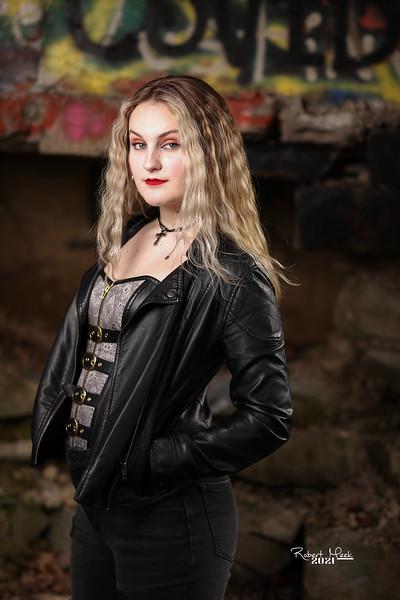 Haley the Rocker (42 of 183)