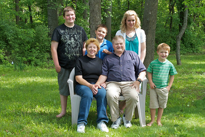Harris Family Portrait - 011