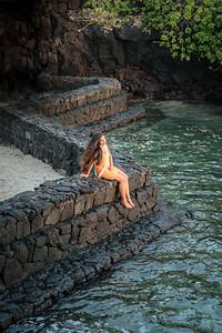 Polynesian Girl at the Hawaiian Lagoon Wall ©2017 Ranae Keane-Bamsey Photography www.EMotionGalleries.com