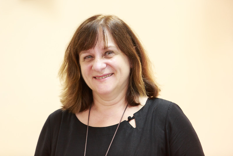 Stacey Mirinaviciene - Giảng viên