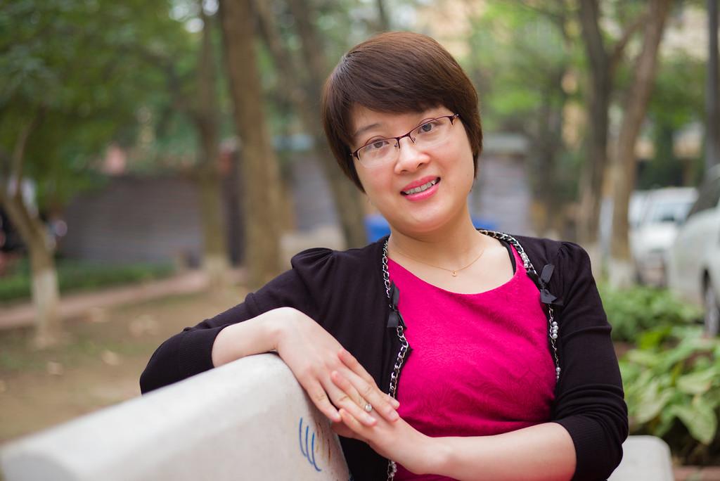 Nguyễn Minh Nguyệt - Chuyên viên đối ngoại