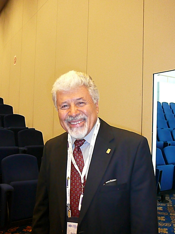 Past President Remundo Macias, MD (Mexico), 1992-1995