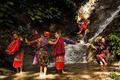 hinugyaw-dance-troupe-02