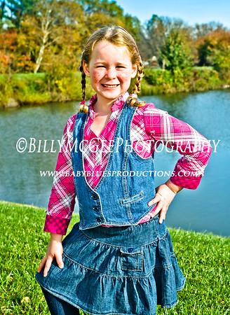 Annie Oakley Cowgirl - 30 Oct 2010