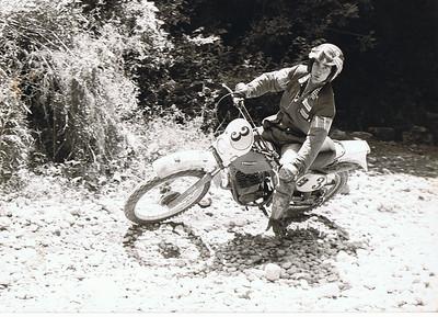 1980: gara enduro sul fiume a siracusa,primo assoluto con il fantic 50!
