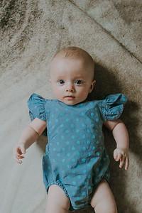 Isabella 4 months-20