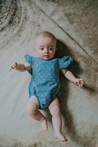 Isabella 4 months-1