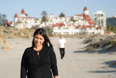 Jael and Scott's Engagement Pictures in Coronado