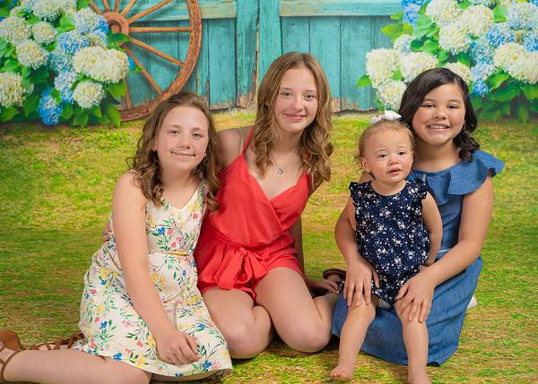 Aguilar Girls Easter Announcementt-00916