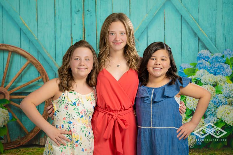 Aguilar Girls Easter Announcementt-00936