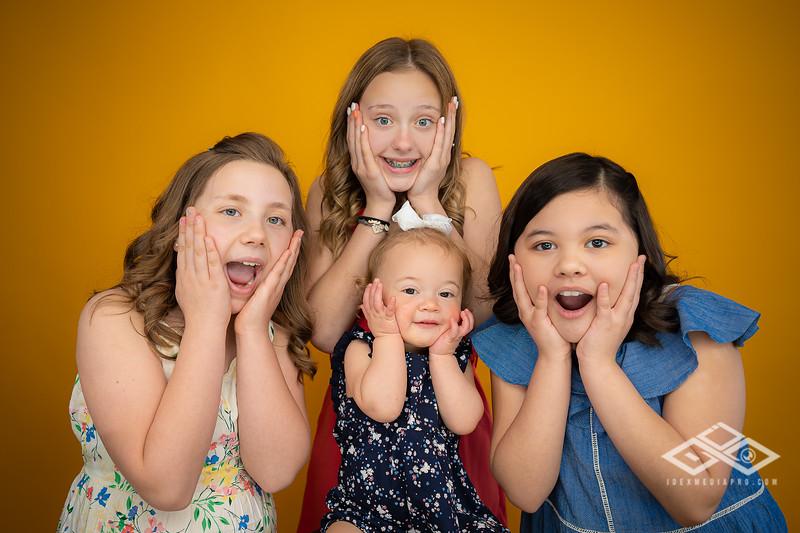 Aguilar Girls Easter Announcementt-00987