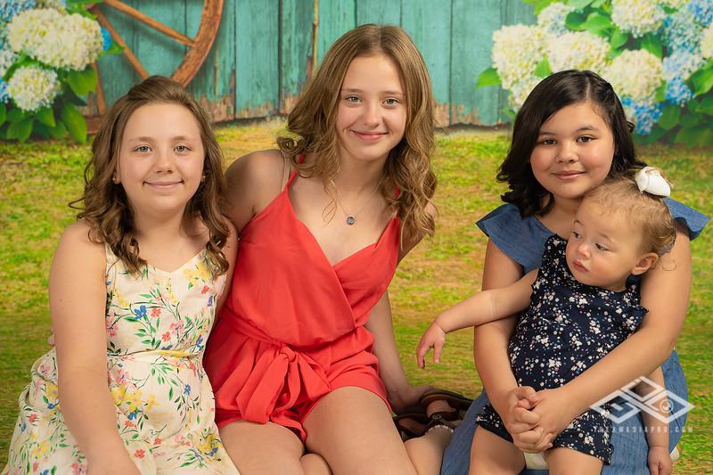 Aguilar Girls Easter Announcementt-00910