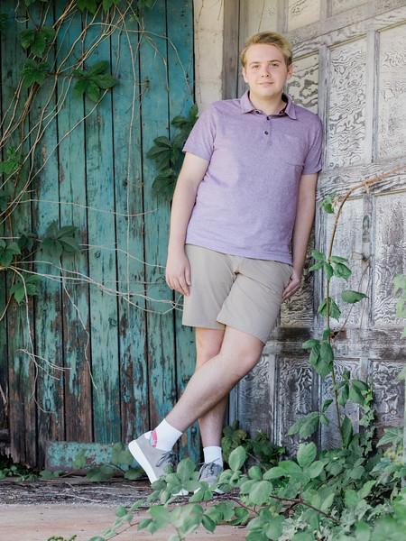 Joey Farmer, Portrait