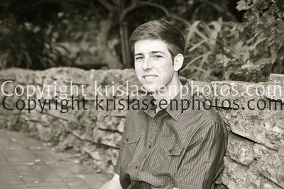 Senior Josh-9942-2