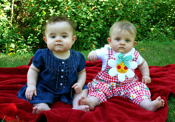 Kaelyn & Maggie 7 Months
