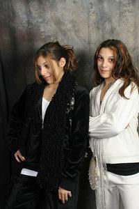 Kaitlin & Carly 041
