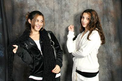 Kaitlin & Carly 048