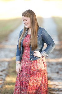 IMG_Class_of_2017_Senior_Portrait-0993