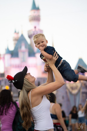 Kelly and Grayson | Disneyland Proofs