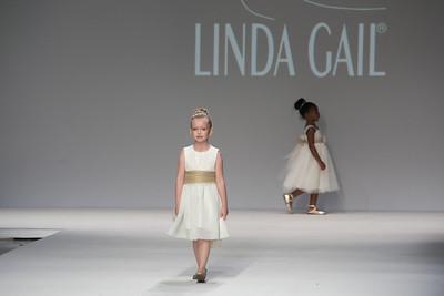 Linda Gail Fashion.  StyleFW.