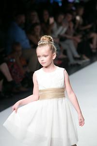 Linda Gail Fashion. StyleFW