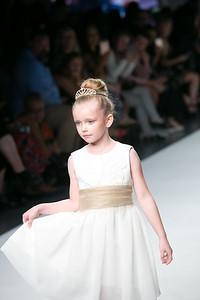 Linda Gail Fashion, StyleFW