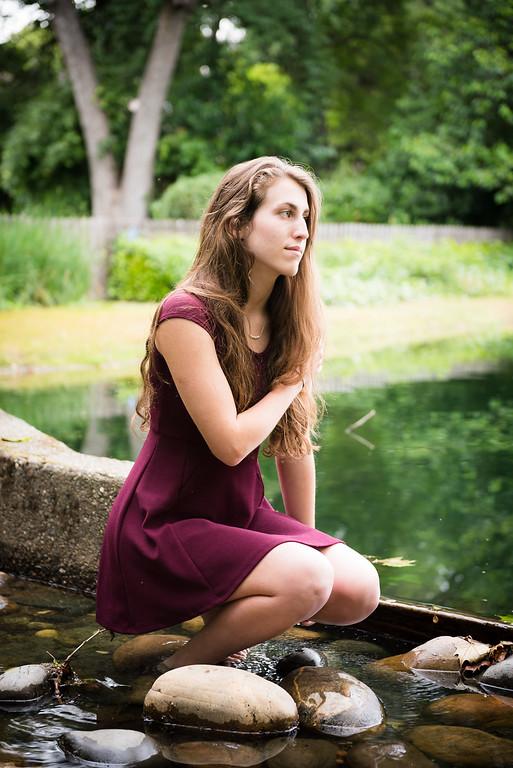 Kira Chotzen Senior Portraits