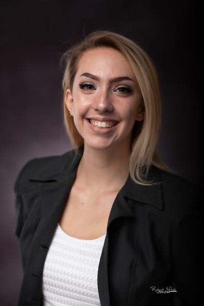 Laurel Ryan-44