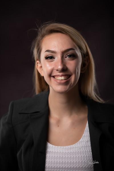 Laurel Ryan-5