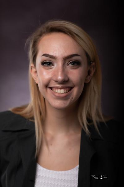Laurel Ryan-28