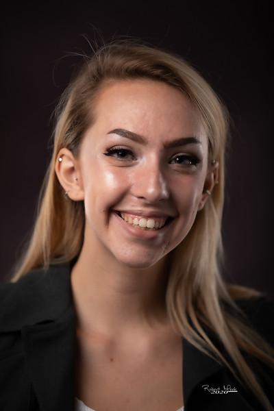 Laurel Ryan-10