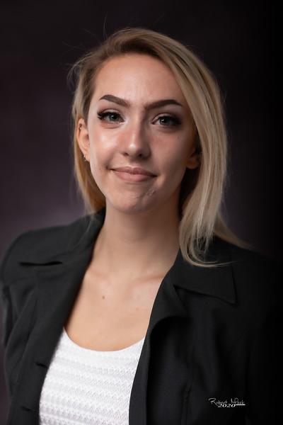 Laurel Ryan-43