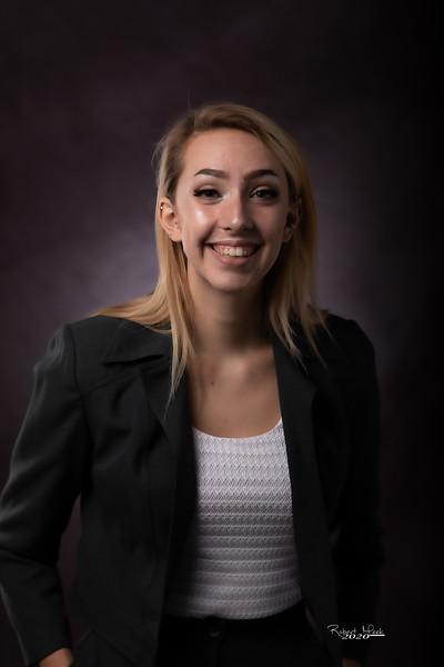 Laurel Ryan-24