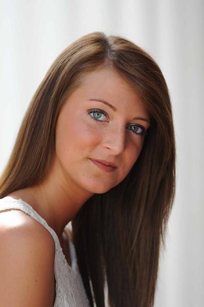 Lauren WD 127