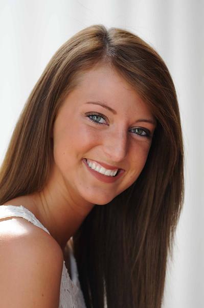 Lauren WD 136