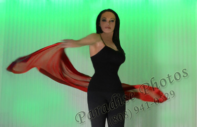 Leanne scarf on green front 0712 572 hair