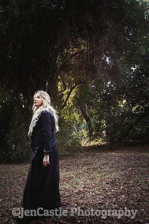 0214-leigh-bardugo-©jencastlephotography