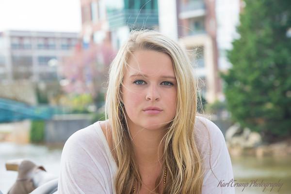 Lillie Senior Pictures