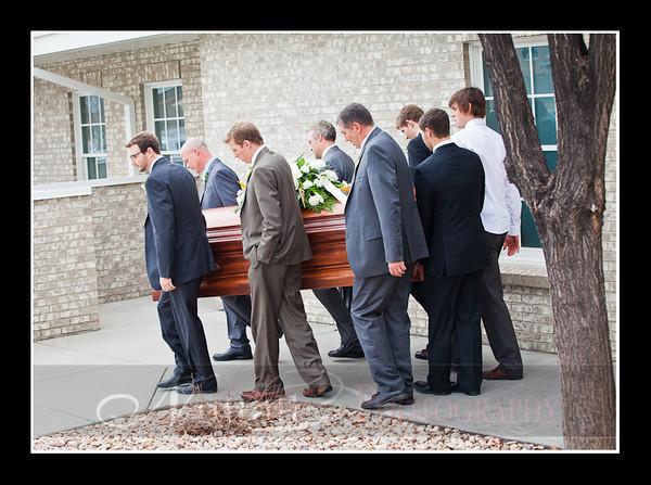 Lori Funeral 271