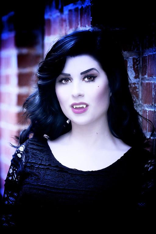 Louisa, Vampire, 10/13/13