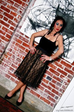 Model Luna at the Brick House gallery, Sacramento California