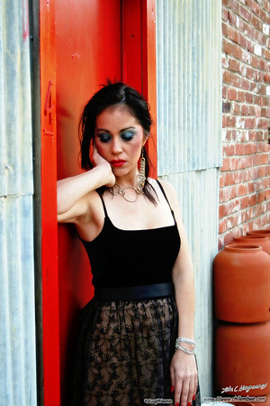 Model Luna at the Brick House gallery, Sacramento California