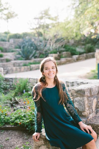 Maisie Sajbell//Senior 2016