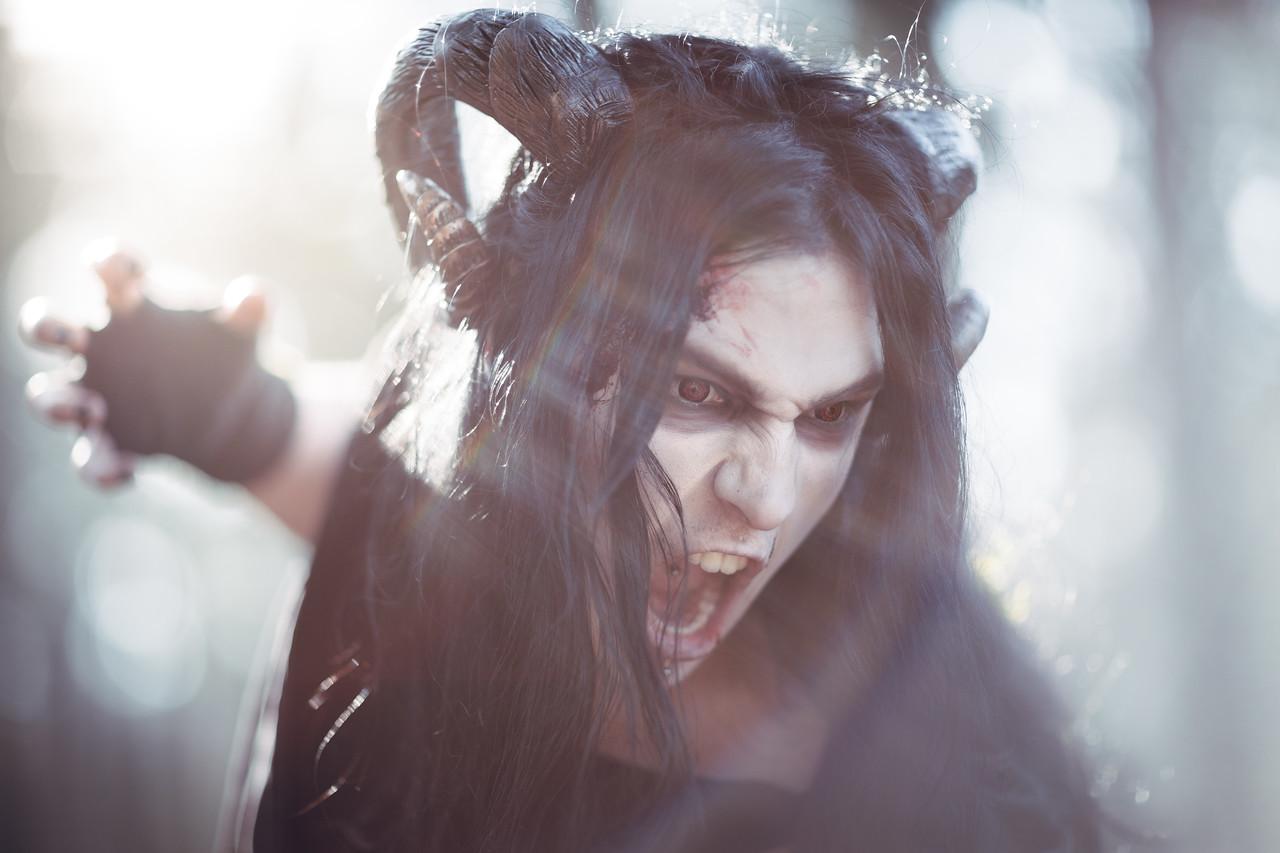 Horns: Maskarada Masks & More Model: Siroj Steems