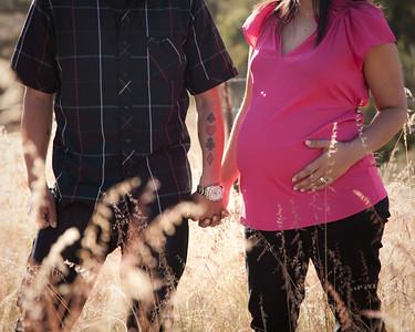 Maternity Daisy & Justin