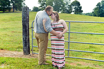 Megan & Adam's Maternity Portraits