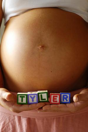 Krista & Sean - Maternity